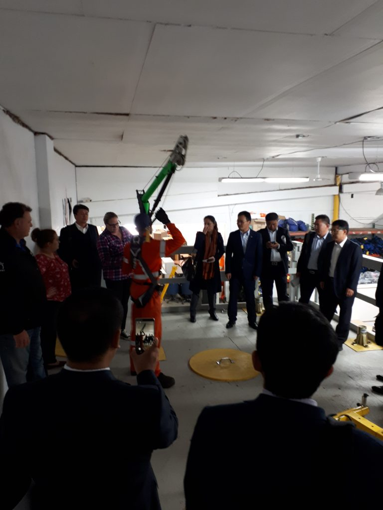 Chinese Delegates Experience a Live Demonstration given by Jennifer Roy, Divisional Manager